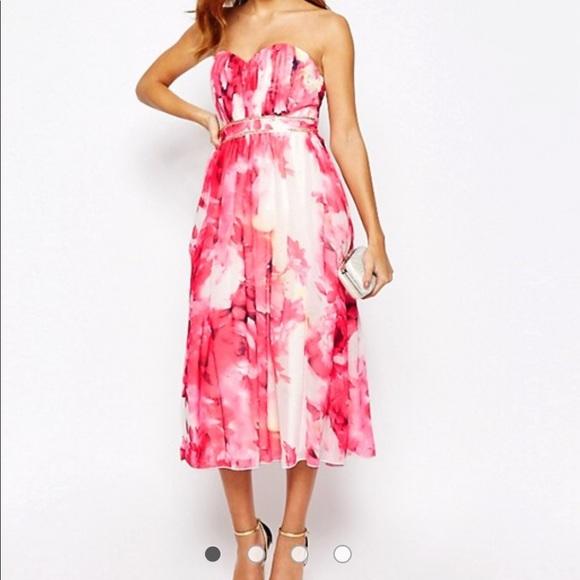 370acf3ec73 Little Mistress Dresses   Skirts - Little Mistress floral strapless dress 💗